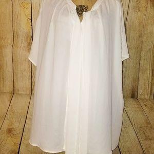 Women's Lane Bryant White Top Size 28
